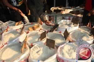 Pedagang Beras di Pangkalpinang Belum Terapkan HET