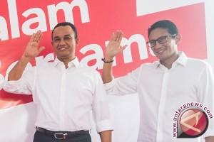 Anies-Sandi Diminta Umumkan Rencana Penyelamatan Teluk Jakarta