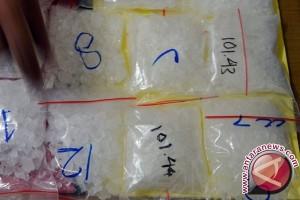 Polisi Buru Tersangka Narkoba Mantan Kadisnaker Bandarlampung