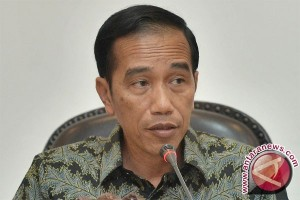 President Jokowi Meets Social Activists to Discuss Education