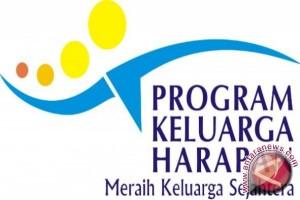 1.228 Warga Bangka Selatan Terima Bantuan PKH