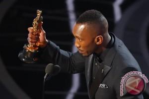 Mahershala Ali Jadi Aktor Muslim Pertama Peraih Oscar