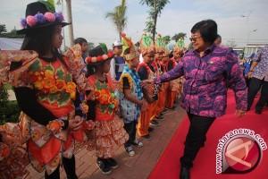 Menteri LHK Beri Penghargaan Pengelolaan Sampah Terbaik