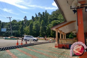 Masjid Imaduddin, Oase di Lintas Barat Sumatera
