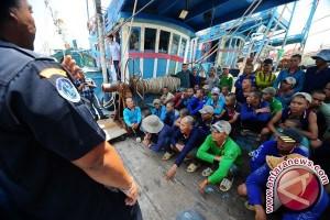 KKP Tangkap 13 Kapal Berbendera Vietnam