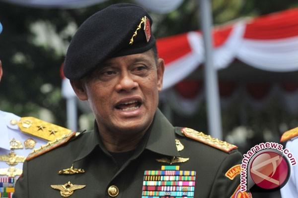 Tiga Panglima Angkatan Bersenjata Tandatangani Prasasti