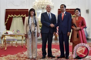 Widodo Holds Veranda Talk With US Vice President