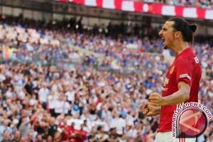 Zlatan Ibrahimovic Teken Kontrak Satu Tahun di MU