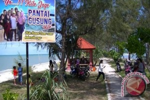 Gusong Beach, A Potential Tourist Draw in Central Bangka