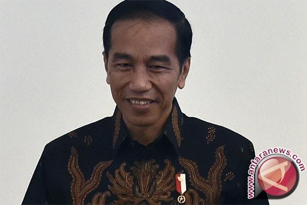 President Bestows Satya Lencana Award on Three Soldiers