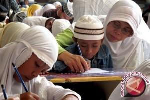 Menanamkan Kejernihan Hati di Hari Pendidikan