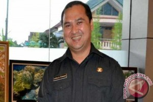 Gubernur Erzaldi Rosman Akan Panggil Distributor Tekan Harga Bawang