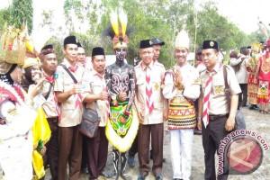 Kemah Madrasah Nasional Tampilkan Kearifan Lokal Nusantara