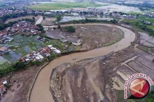 DPRD Garut : Korban Banjir Butuh Rumah Layak