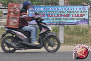 Menjaga Situasi Aman Selama Ramadhan, Polsek Kelapa Bubarkan Balapan Liar