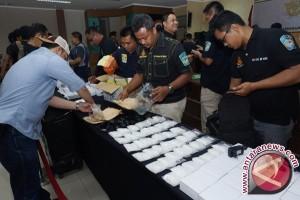 Petugas Bandara Sultan Iskandar Muda Gagalkan Penyelundupan Narkoba