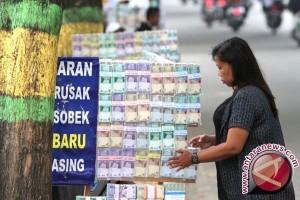 MUI Padang Nyatakan Jasa Penukaran Uang di Pinggir Jalan Hukumnya Haram