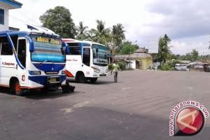Penumpang Bus di Terminal Girimaya Pangkalpinang Sepi