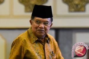 Wapres Dampingi Presiden Jokowi Open House di Istana