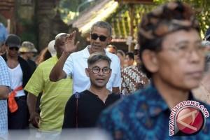 Obama Menikmati Panorama Alam Budaya Bali