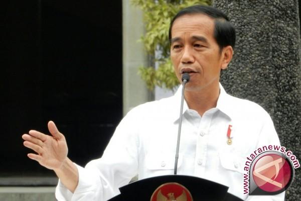 Jokowi Minta Relawan Sebarkan Nilai Optimisme