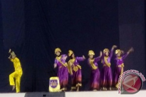 Kampuseni Juarai Festival Tari Kreasi Bangka Barat
