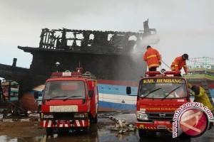 16 Kapal Nelayan di Pati Terbakar