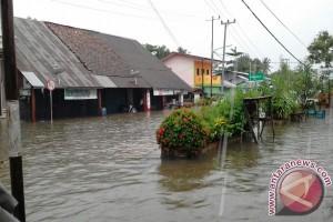 Tiga Pasar Tradisional Di Kabupaten Belitung Timur Rusak Akibat Banjir