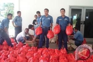 PT Timah Bantu Korban Banjir di Kabupaten Bangka Selatan