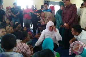 Menteri Sosial Tinjau Lokasi Banjir di Belitung Timur