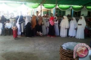 Masyarakat Kimak Pesta Kampung Jelang Keberangkatan Haji