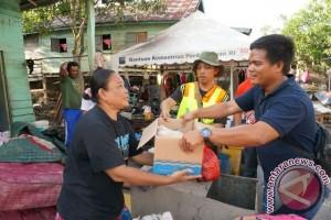 PT Timah Salurkan Bantuan Bagi Korban Banjir di Belitung Timur