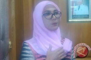 Bangka Belitung Promotes Traditional Woven Fabric