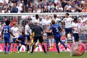 Chelsea Atasi Spurs 2-1, Marcos Alonso Borong Dua Gol