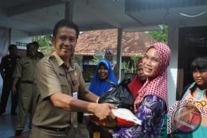 Pemerintah Kabupaten Bangka Distribusikan 7.000 Paket Sembako Bersubsidi