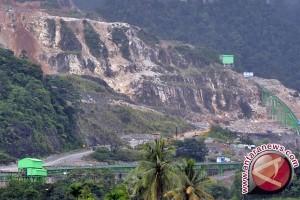 Semen Padang Terima Anugerah BUMN Terbaik 2017