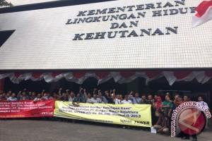 Masyarakat Kabupaten Bangka Barat Adukan Perusahaan HTI ke KLHK