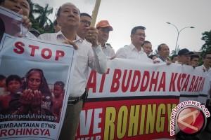 Dunia Rangkul Myanmar Stop Kekerasan Terhadap Rohingya