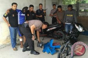 Polisi Bangka Barat Ringkus Pencuri dan Penadah