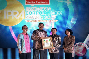 "Fadel Muhammad Akui PT Timah ""The Most Popular Company 2017"""