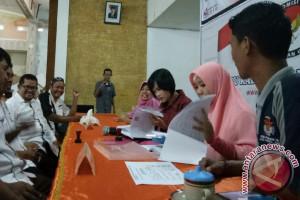 KPU Bangka Barat Terima 17 Parpol Mendaftar
