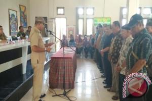 108 Pengurus RT/RW Kecamatan Girimaya Dilantik