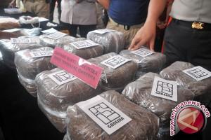 Jalan panjang Polri jaga indonesia dari narkoba