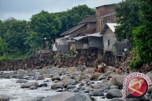 Tanggap Darurat Banjir Lombok Timur Tujuh Hari