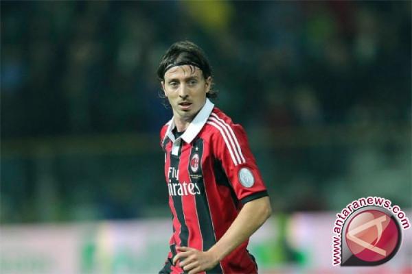 AC Milan Dihancurkan Hellas Verona 0-3