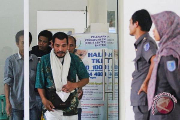 Malaysia Deportasi 197 TKI Bermasalah