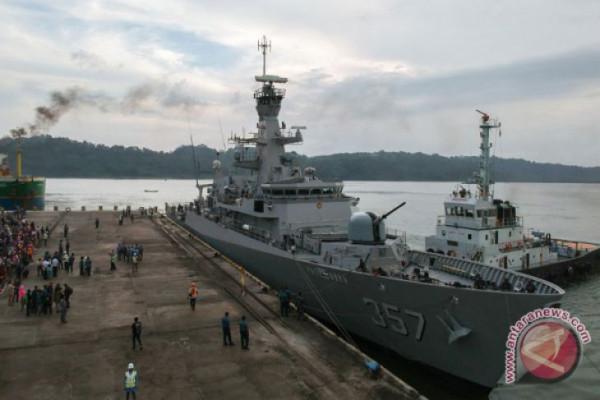 Open Ship KRI Bung Tomo di Cilacap