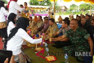 Warga Bangka Tengah gelar tradisi