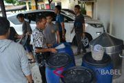 Polres Belitung gerebek pabrik arak
