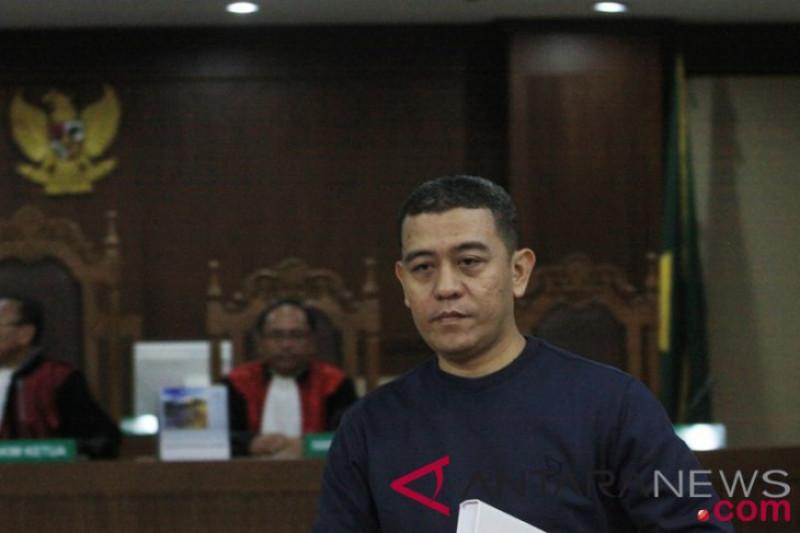 Ahmad Ghiast Dituntut Tiga Tahun Penjara